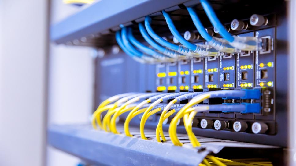 zagrożenia dla przemysłu telekomunikacyjnego